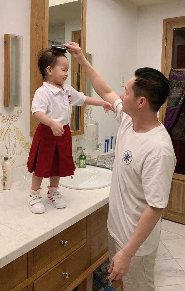 Lâm Vinh Hải tiết lộ điều mà Linh Chi ép buộc mình phải thực hiện trong cuộc sống lứa đôi-6