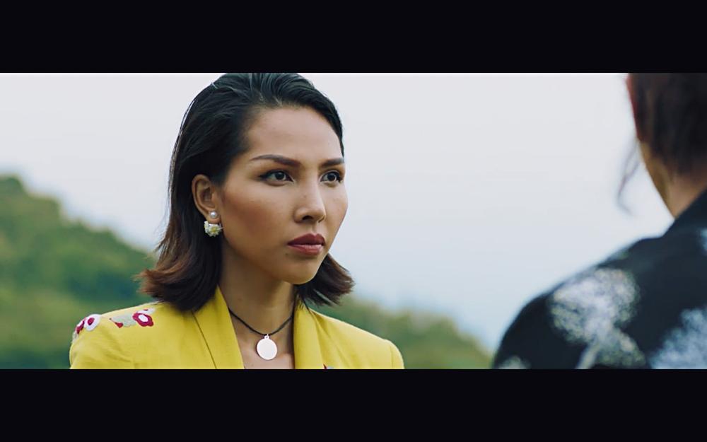 Vừa xác nhận ly hôn, Hồng Đào gặp lại Quang Minh trong phim với tình huống y hệt-4