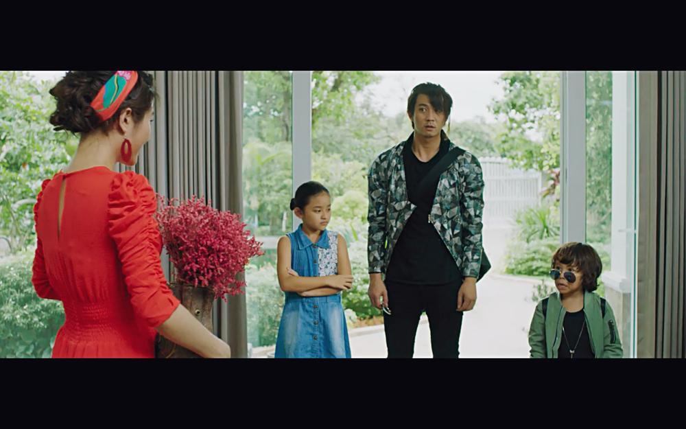 Vừa xác nhận ly hôn, Hồng Đào gặp lại Quang Minh trong phim với tình huống y hệt-8