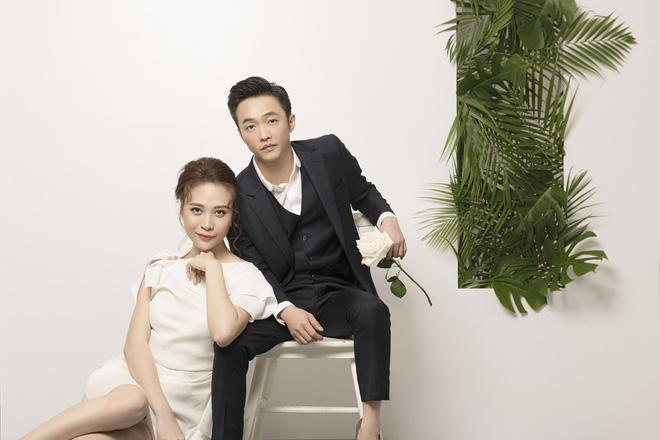 Đàm Thu Trang như người khổng lồ trong ảnh cưới với Cường Đô La: Bí kíp nào cho cặp đôi cột đèn - máy nước trở nên hài hòa?-6