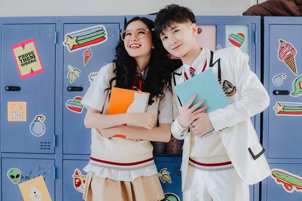 Sản phẩm debut của học trò Noo Phước Thịnh bị fan Kpop vạch mặt là tổ hợp đạo nhái từ GOT7 đến TWICE-7