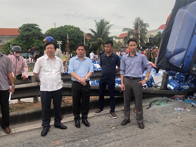 3 vụ tai nạn giao thông liên tiếp ở Hải Dương làm 7 người chết-2