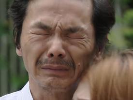Những phân cảnh ông Sơn nuốt nước mắt vào trong ở 'Về nhà đi con'