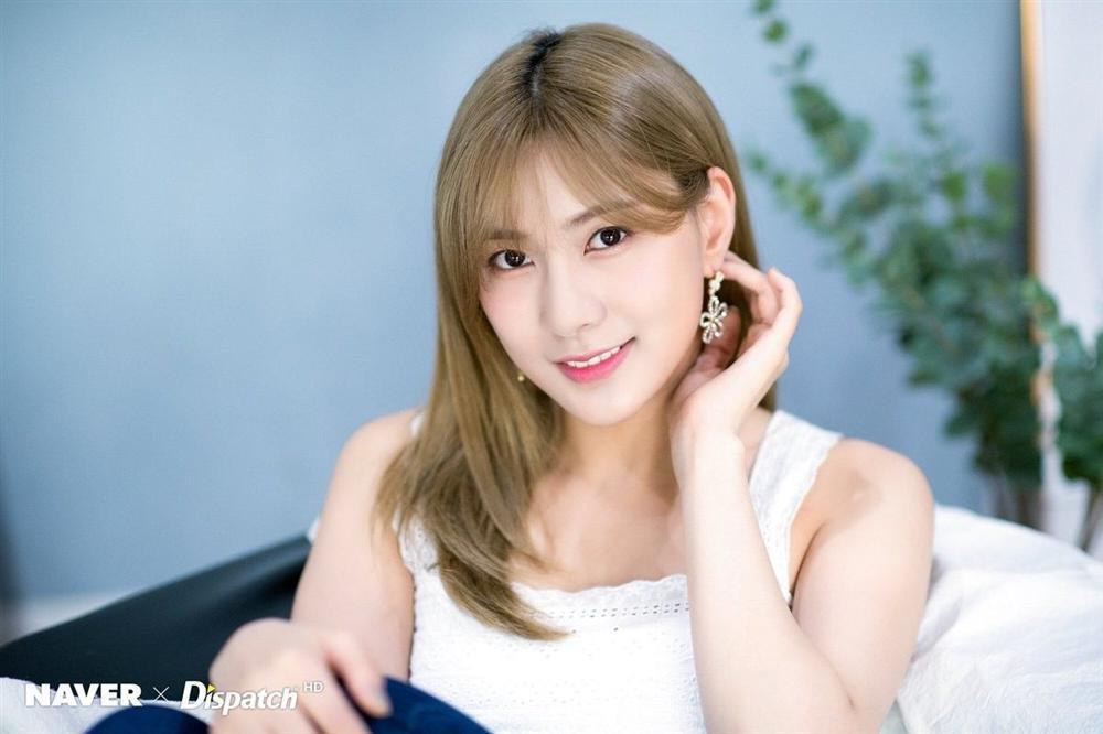 Em gái mưa Kim So Hyun khoe ảnh mới xinh tươi sau tai nạn phim trường-6