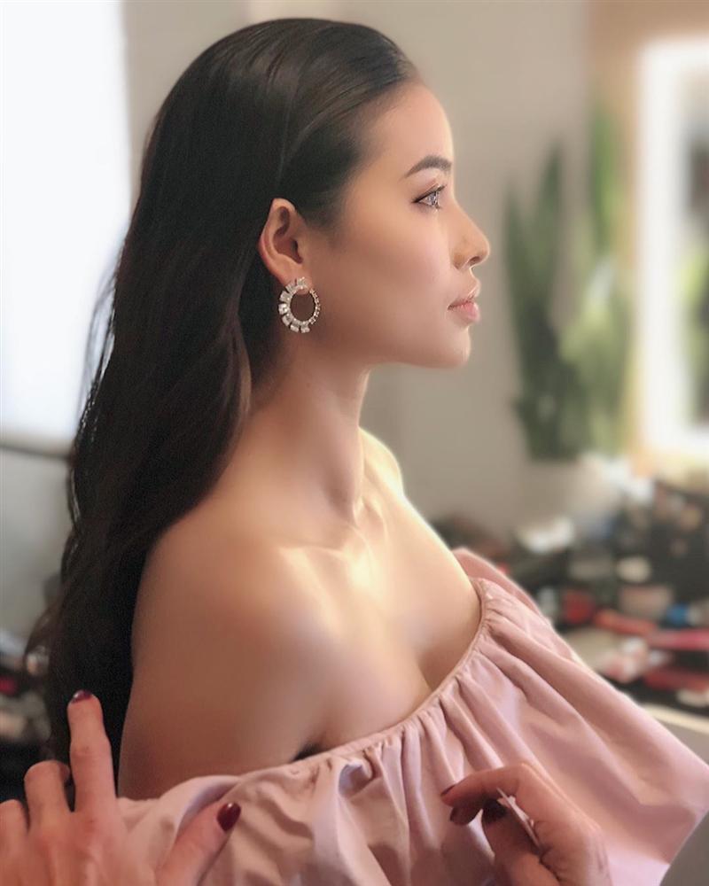 Bản tin Hoa hậu Hoàn vũ 23/7: Phạm Hương khoe góc mặt 90 độ thần thánh đẹp áp đảo dàn giai nhân-1