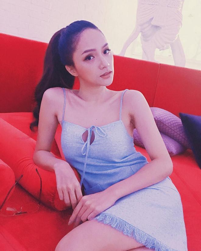 Diện bikini siêu gợi cảm đi biển, Hương Giang để lộ khuyết điểm sắc vóc muốn che cũng không được-10