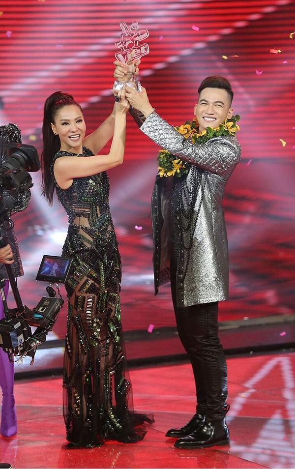 HLV Giọng hát Việt nhí 2019 Ali Hoàng Dương bị đám đông xỉa xói: Flop nặng, chuyên môn yếu, ăn nói kém duyên-2