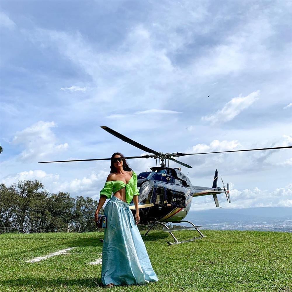 Bản tin Hoa hậu Hoàn vũ 24/7: Hoàng Thùy make-up cũng như không, nhan sắc mờ nhạt lép vế trước dàn đối thủ-7