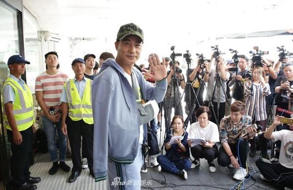 Nhậm Đạt Hoa xuất viện sau vụ bị tấn công giữa sự kiện-1
