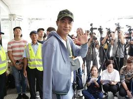 Nhậm Đạt Hoa xuất viện sau vụ bị tấn công giữa sự kiện