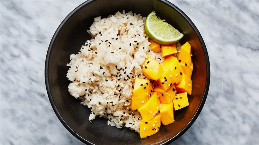 Có một thời tuổi thơ ăn cơm với đường, tóp mỡ và cả hoa quả, có ai đã từng?-5