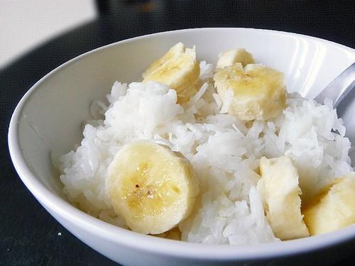 Có một thời tuổi thơ ăn cơm với đường, tóp mỡ và cả hoa quả, có ai đã từng?-6