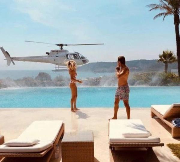 Hội con nhà giàu phô trương kỳ nghỉ xa xỉ: Đi chuyên cơ tới khu nghỉ dưỡng, tắm nắng trên du thuyền và hơn thế nữa-6