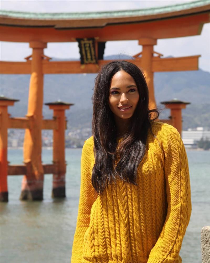 Bản tin Hoa hậu Hoàn vũ 25/7: HHen Niê âm điểm với tóc nối già chát, nhìn tưởng bà thím chứ không phải mỹ nhân-12