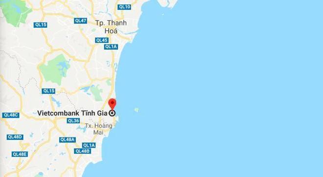 Súng nổ liên tiếp khi cướp xông vào ngân hàng Vietcombank ở Thanh Hóa-2