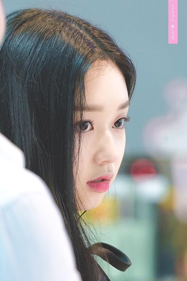 Thí sinh Produce 48 gây chú ý vì quá xinh đẹp trong loạt ảnh chụp lén-4