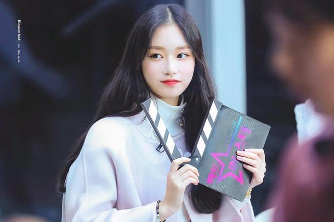 Thí sinh Produce 48 gây chú ý vì quá xinh đẹp trong loạt ảnh chụp lén-6