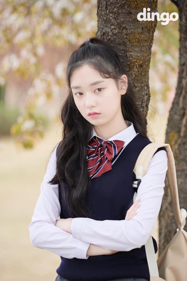 Thí sinh Produce 48 gây chú ý vì quá xinh đẹp trong loạt ảnh chụp lén-8