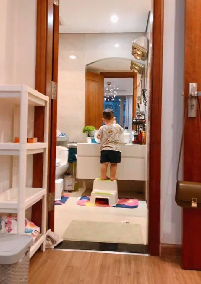 Chỉ là đăng tải loạt ảnh vu vơ, single mom Ly Kute khiến ai nấy xuýt xoa vì ở căn nhà vừa to vừa đẹp-9