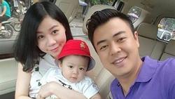 MC Tuấn Tú: 'Vợ tôi làm Bộ Ngoại giao, nấu ăn ngon, chăm con khéo'