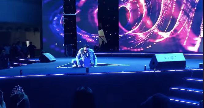 3 nghệ sĩ Việt từng ngã sân khấu cao 2m đau thấu trời xanh-8