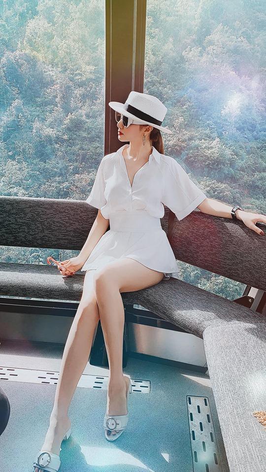 Hé lộ clip hậu trường Chi Pu mua chuộc khi fans đến xem hotgirl biểu diễn-2