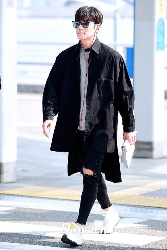 Ji Chang Wook diện cả cây đen, đi giày hiếm khi đến Hà Nội-4