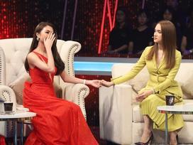 Hoa hậu Tường Linh bật khóc, thừa nhận mình từng trở thành 'Tuesday' trên sóng truyền hình
