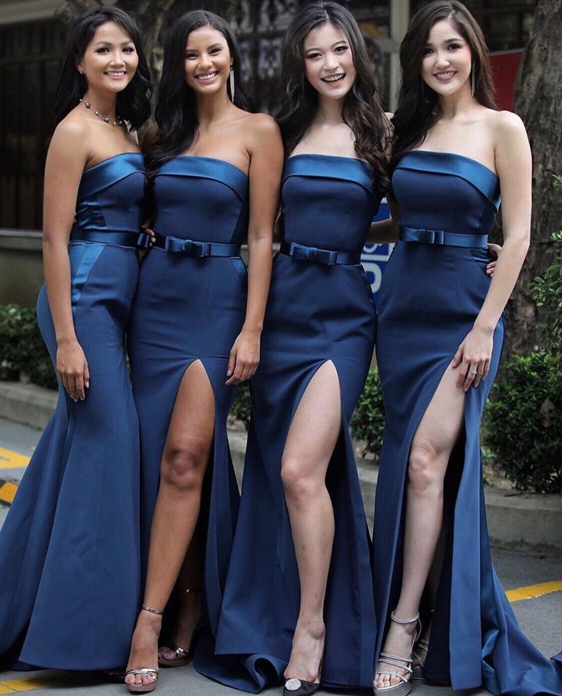Dàn phù dâu của Hoa hậu Hoàn vũ Thái Lan: HHen Niê xinh đẹp với tóc dài nhưng lại lộ điểm bất thường-12