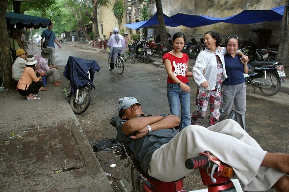 Báo Tây nói về đi xích lô và 9 trải nghiệm phải thử ở Việt Nam-2