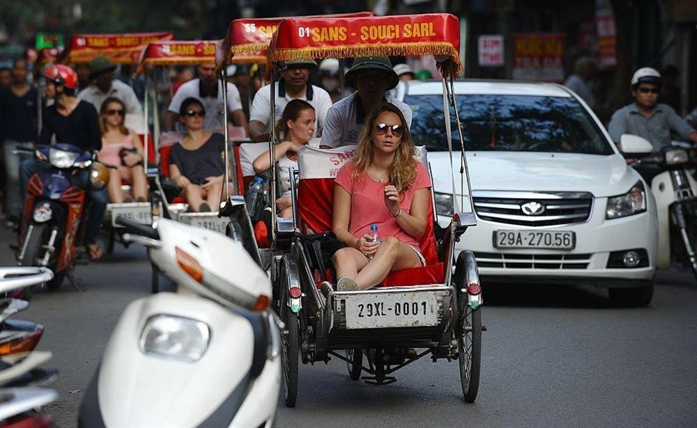 Báo Tây nói về đi xích lô và 9 trải nghiệm phải thử ở Việt Nam-3