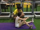 Người phụ nữ trẻ gây tranh cãi khi mặc áo mỏng như tờ giấy, thả rông vòng 1 đi tập gym nhưng phát hiện của dân mạng mới choáng