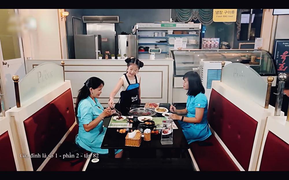 Không được xem Sơn Tùng, Hae Ri bản Việt bực tức đi ăn 1 mình hết 8 phần sườn-8