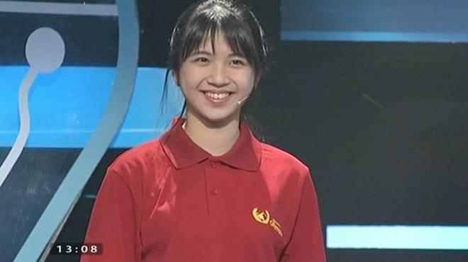 Nhan sắc nữ sinh thi Đường lên đỉnh Olympia được ví là bản sao của hot girl Lan Thy-1
