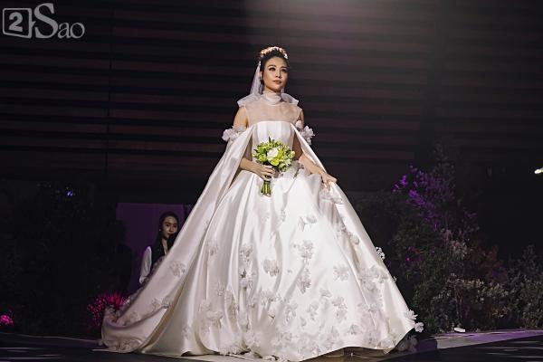 Cận cảnh 3 chiếc váy cưới chính thức trong hôn lễ với Cường Đô la giúp Đàm Thu Trang tỏa sáng như nàng công chúa bước ra từ chuyện cổ tích-6