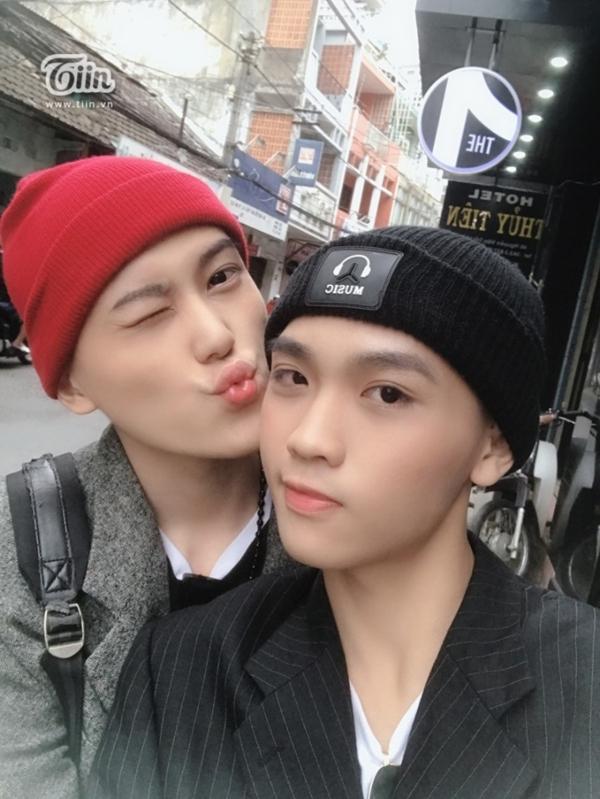 Chuyện tình ngổ ngáo, cạo trọc đầu để vượt qua biến cố của cặp LGBT Sài thành-4