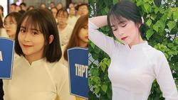 Chỉ với bức ảnh cầm biển trong hoạt động ngoại khóa của trường, nữ sinh Sơn La bị truy lùng vì nụ cười gây nghiện người xem