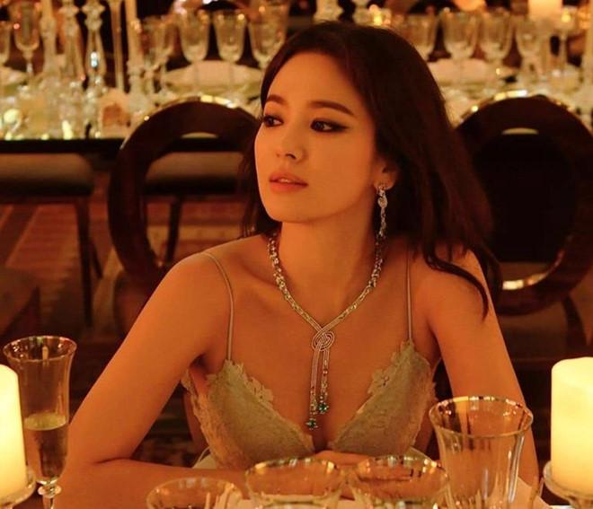 Song Hye Kyo cảnh cáo 9 tờ báo đưa tin cô thay bồ như thay áo-2
