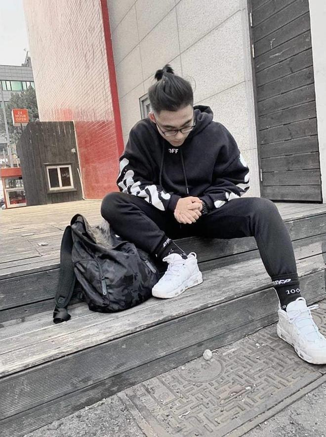 Săm soi gu thời trang sành điệu của em trai Sơn Tùng M-TP-5