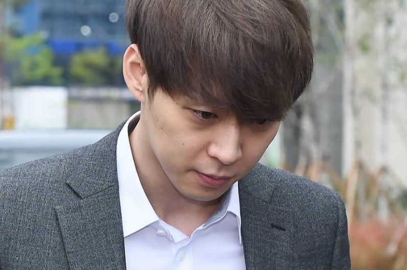 Sao nam Hoàng tử gác mái Park Yoochun bị nghi đút lót cảnh sát hòng trốn tội cưỡng bức năm xưa-1