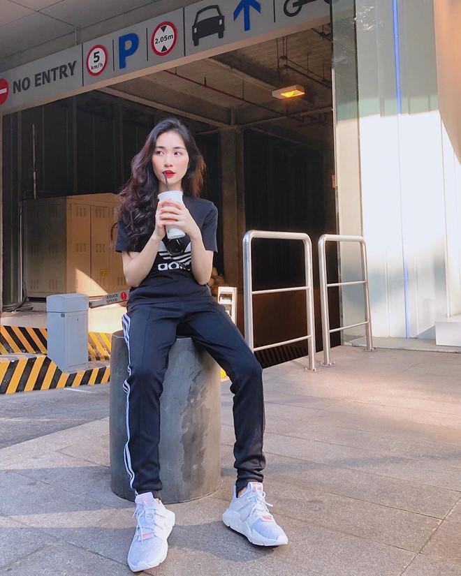 Trước tin đồn giải nghệ, Hòa Minzy đã lột xác thế nào trong ăn mặc?-4