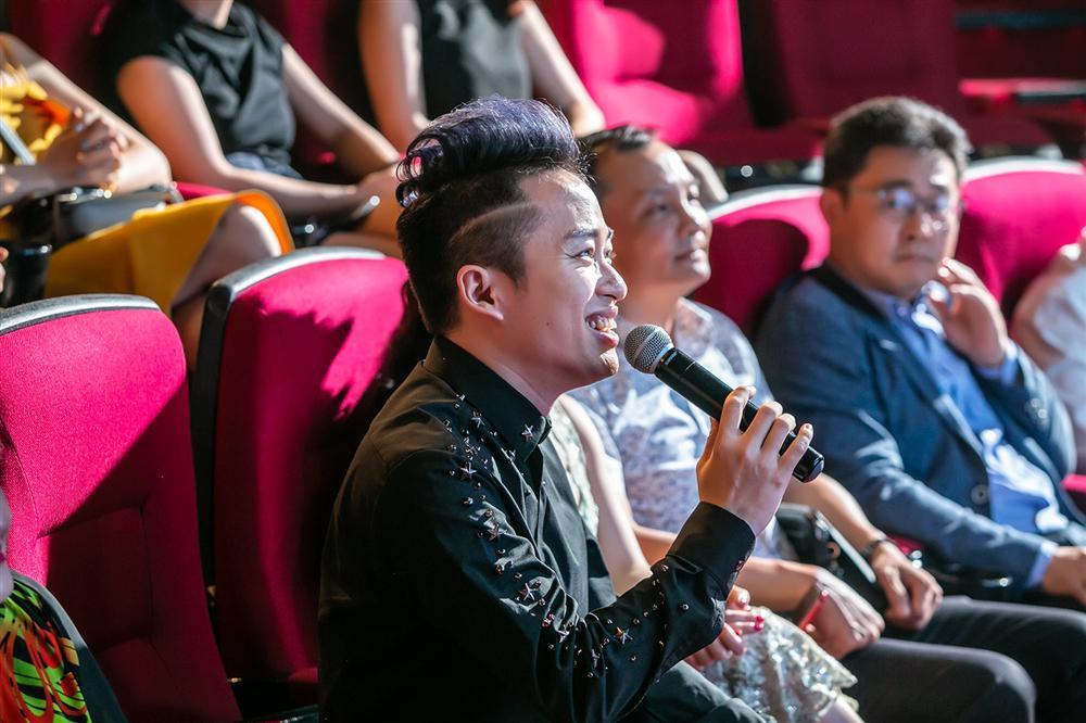 Chào đón nhóm nhạc mới gia nhập showbiz, đàn anh Tùng Dương ân cần dặn dò: Hãy biết lắng nghe nhau-14