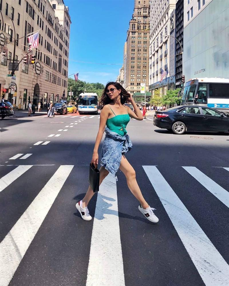 Bản tin Hoa hậu Hoàn vũ 30/7: Hoàng Thùy lộ vòng 1 to bất thường, vướng nghi án trùng tu để thi quốc tế-10