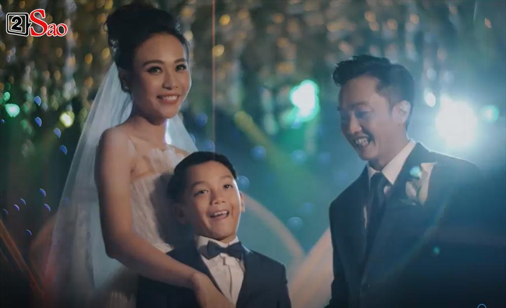 CLIP HOT: Cường Đô La - Đàm Thu Trang cùng bé Subeo cười rạng ngời hạnh phúc trong đám cưới cổ tích-5