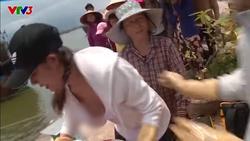 Người đẹp Việt gây tranh cãi khi lộ hàng ở 'Cuộc đua kỳ thú'