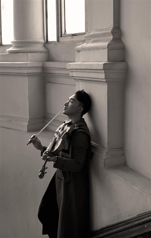 Mất tới 6 tiếng để thu âm ca khúc cùng Quang Dũng, Hoàng Rob cho đến giờ vẫn hãi hùng mỗi khi nhớ lại-4