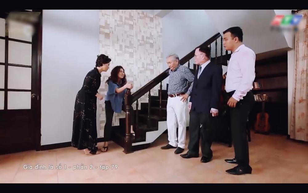 Giả vờ nhìn thấy ma, Diệu Nhi diễn xuất tài tình khiến người mua nhà phải bỏ chạy-4