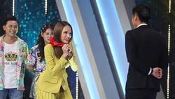 Hóa cô gái quàng khăn đỏ, Hương Giang kịch liệt tấn công trai đẹp khiến Trấn Thành ngỡ ngàng