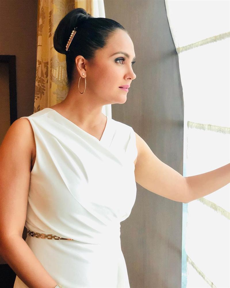 Bản tin Hoa hậu Hoàn vũ 31/7: Bóc tem giày cao gót huyền thoại Hoàng Thùy vừa tậu để so tài đối thủ quốc tế-5