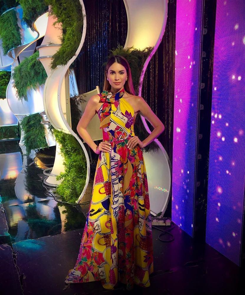 Bản tin Hoa hậu Hoàn vũ 31/7: Bóc tem giày cao gót huyền thoại Hoàng Thùy vừa tậu để so tài đối thủ quốc tế-7
